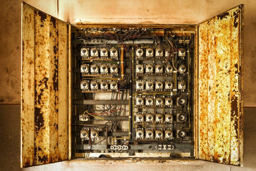 elektrik-1646435_1920
